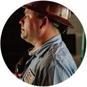 electrician in hard hat