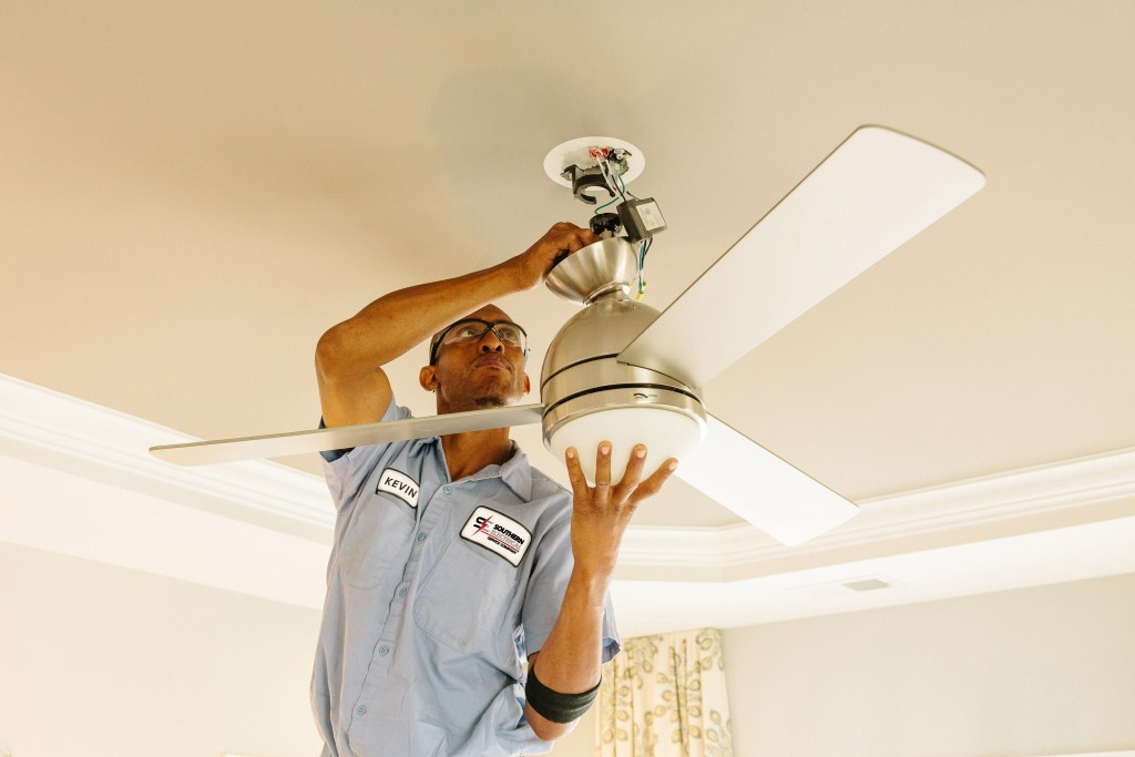 ceiling fan installation by Leesburg Electricians SESCOS