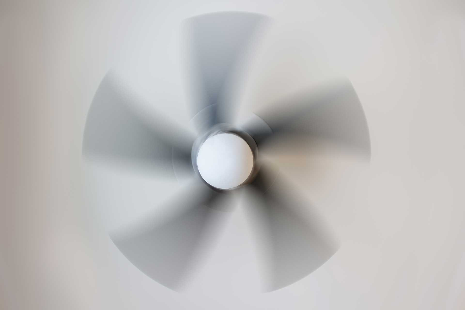 Simple Trick To Temporarily Fix A Wobbling Ceiling Fan Youtube